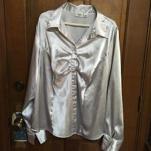 GUC. Shiny Silver / Rhinestone Button Dress Blouse